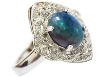 انگشتر نقره اوپال هفت رنگ جواهری با نگین های زیرکونیا و روکش طلا سفید