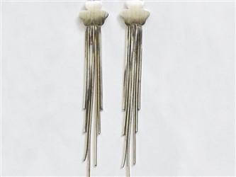 گوشواره نقره مدل آویز طرح برگ آبکاری طلا سفید