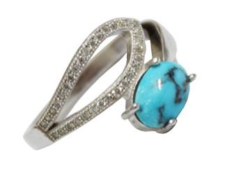 انگشتر نقره فیروزه نیشابور رکاب طرح توخالی جواهری با نگین های زیرکونیا و روکش طلا سفید