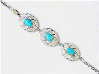 دستبند نقره فیروزه نیشابور سه نگین جواهری با نگین های زیرکونیا و روکش طلا سفید