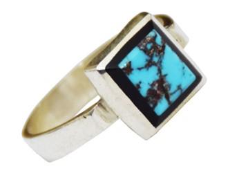 انگشتر نقره فیروزه نیشابور مربعی مردانه دور مینا کاری شده بسیار فانتزی و جوان پسند با فیروزه آبی
