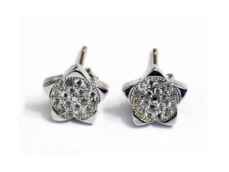 گوشواره نقره طرح ستاره جواهری  با نگین های زیرکونیا آبکاری شده با طلا سفید