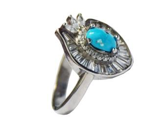انگشتر نقره فیروزه نیشابور زنانه جواهری طرح انار با نگین های زیرکونیا و روکش طلا سفید