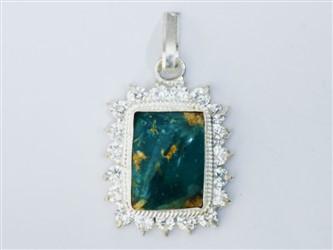 مدال تو گردنی نقره فیروزه نیشابور چهارگوش طرح جواهری سبز آبی شجر